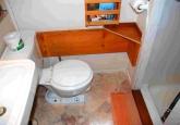 14_bathroom2013