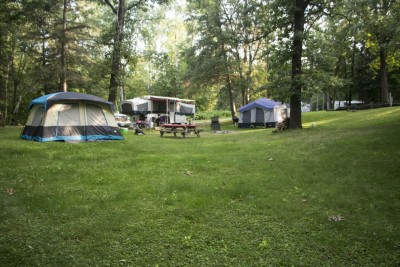 lakeside camping at crow wing crest lodge