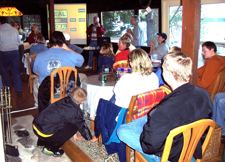 Lodge family reunion big screen activity