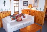 15_livingroom_white_sofa
