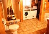 19_bathroomLOWER2019